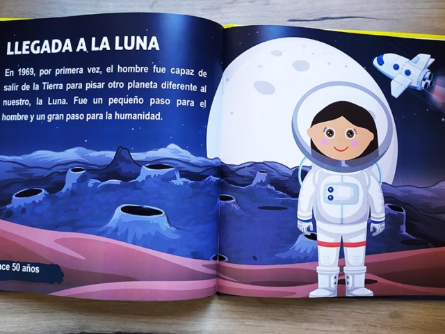 Libro personalizado de la Historia - Llegada del hombre a la luna