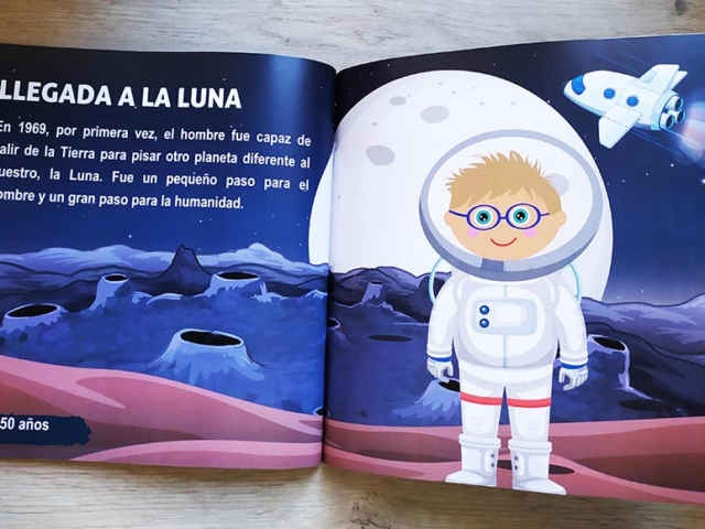 Libro personalizado de la Historia - La llegada del hombre a la Luna