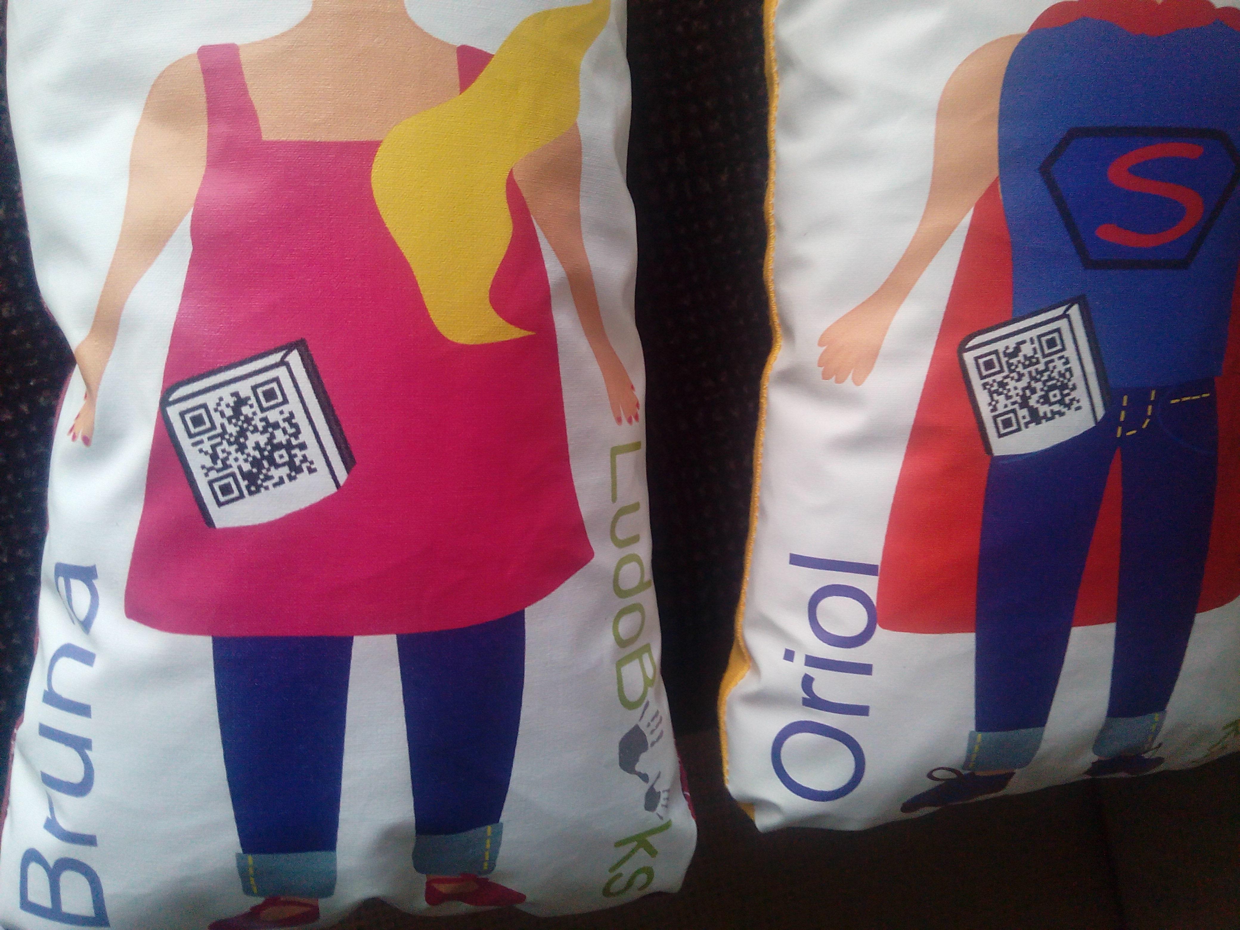 muñecas personalizadas - muñecos para leer, abrazar y querer