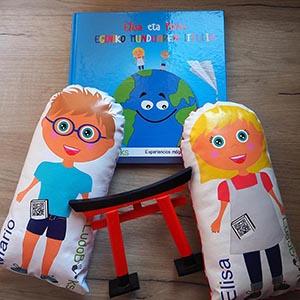 Complementa tus cuentos personalizados con sus muñecos personalizados