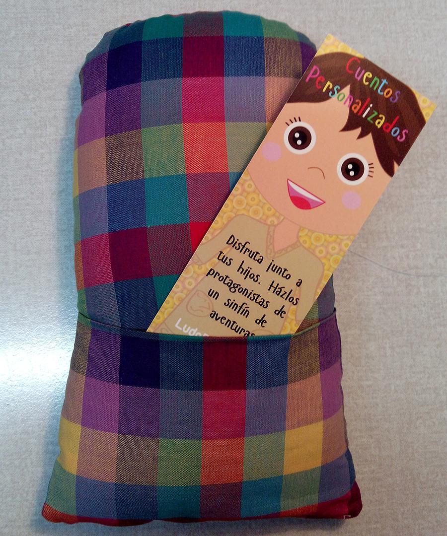 muñeca bolsillo de atrás secretos2 - Regalos de cumpleaños originales